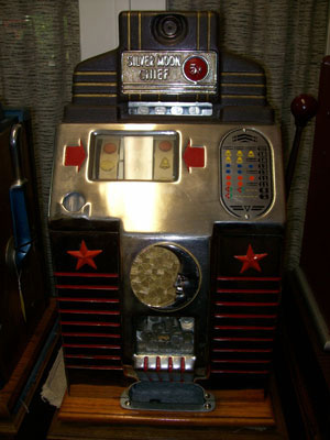 Jennings Silver Moon Antique Slot Machine