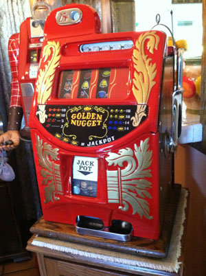 Mills Golden nugget Slot Machine